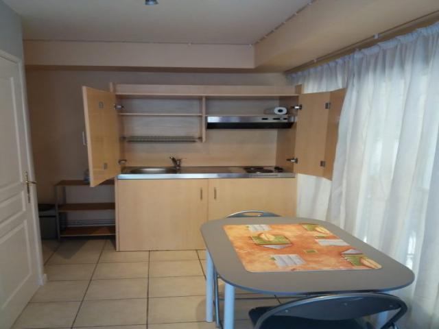location saisonni re appartement carvin 62220 1557681. Black Bedroom Furniture Sets. Home Design Ideas
