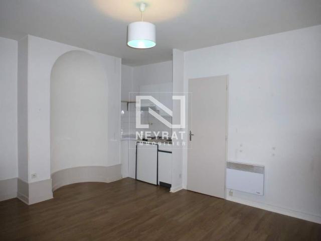 location saisonni re appartement dijon 21000 1593095. Black Bedroom Furniture Sets. Home Design Ideas