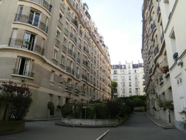 Location saisonni re appartement paris 18 75018 1516921 for Location paris 18