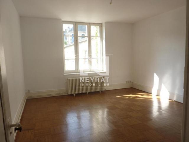 location saisonni re appartement chalon sur saone 71100 1608992. Black Bedroom Furniture Sets. Home Design Ideas