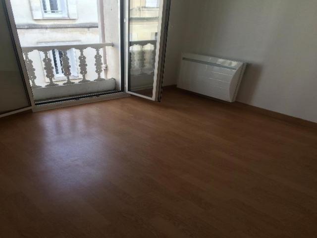 Location saisonni re appartement libourne 33500 1590084 for Appartement libourne
