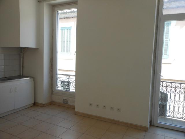 Location saisonni re appartement nimes 30000 1513639 - Location appartement meuble nimes ...