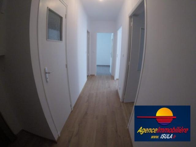 location saisonni re appartement ajaccio 20000 1475472. Black Bedroom Furniture Sets. Home Design Ideas