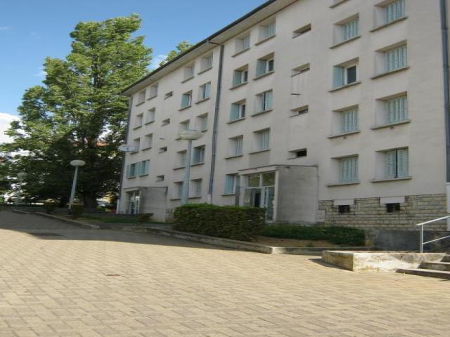location saisonni re appartement besancon 25000 1620743. Black Bedroom Furniture Sets. Home Design Ideas