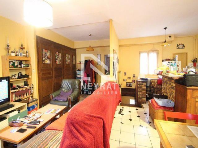 location saisonni re appartement chalon sur saone 71100 1608999. Black Bedroom Furniture Sets. Home Design Ideas