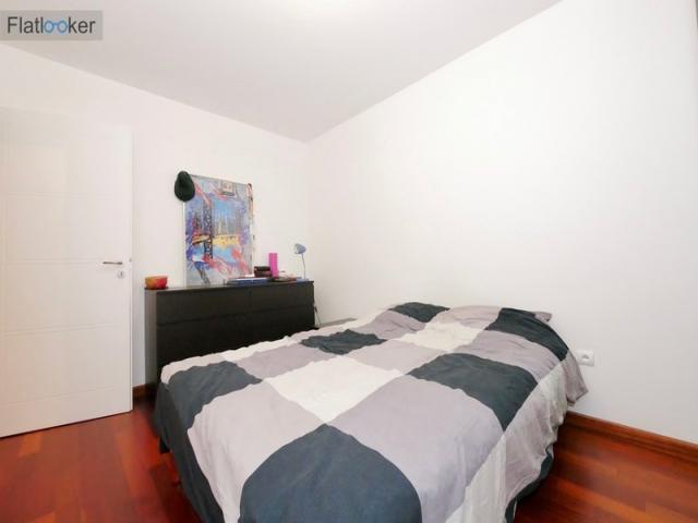 location saisonni re appartement issy les moulineaux 92130 1594297. Black Bedroom Furniture Sets. Home Design Ideas