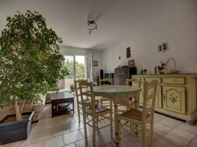Location saisonni re appartement aubagne 13400 1491535 - Location appartement aubagne ...