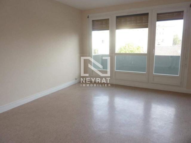 location saisonni re appartement chalon sur saone 71100 1611565. Black Bedroom Furniture Sets. Home Design Ideas