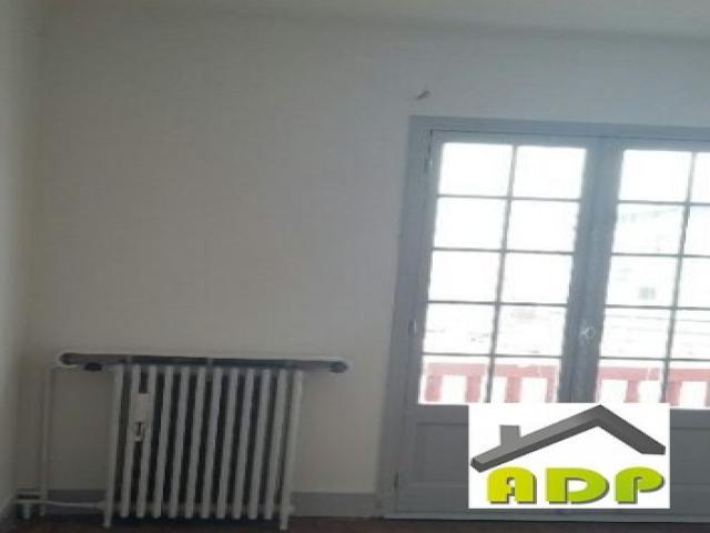 location saisonni re maison bayonne 64100 235110. Black Bedroom Furniture Sets. Home Design Ideas