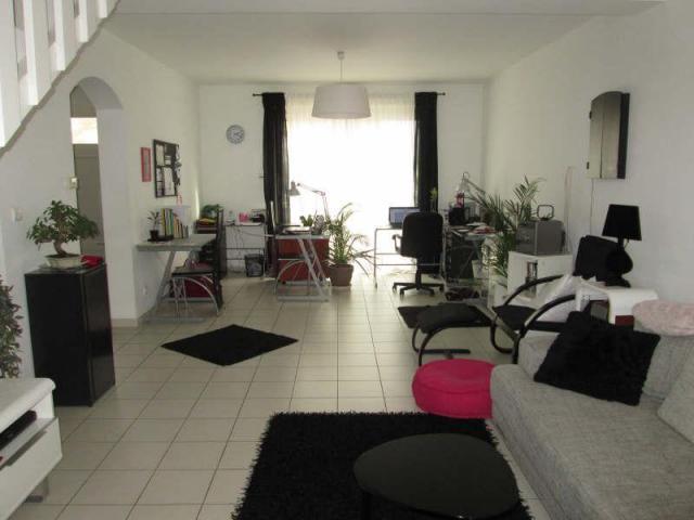 Location saisonni re maison montelimar 26200 246512 - Location maison montelimar ...