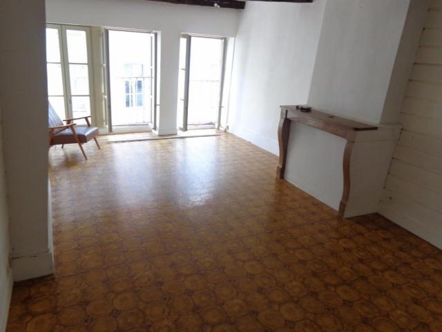 achat appartement besancon immobilier besancon 25000 6191122. Black Bedroom Furniture Sets. Home Design Ideas