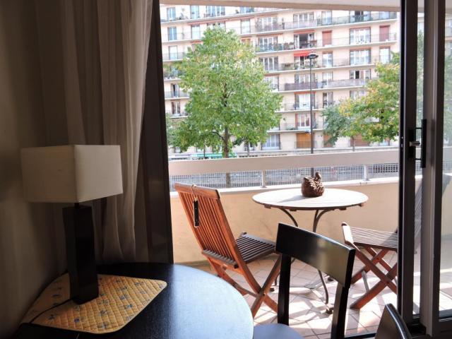achat appartement paris 12 immobilier paris 12 75012 6417893. Black Bedroom Furniture Sets. Home Design Ideas
