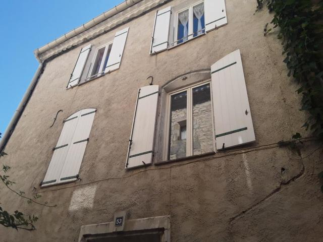 Achat appartement calvisson immobilier calvisson 30420 for Achat maison calvisson