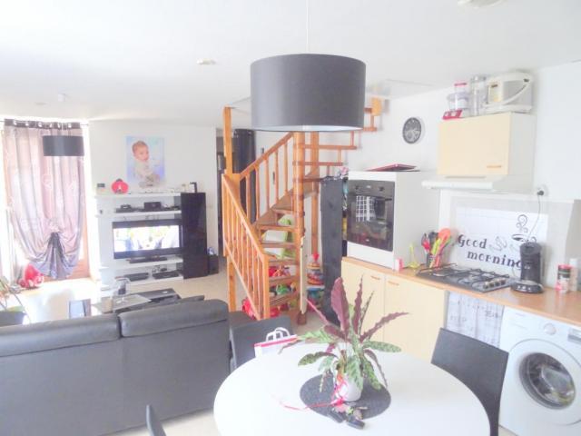 achat appartement besancon immobilier besancon 25000 6022226. Black Bedroom Furniture Sets. Home Design Ideas