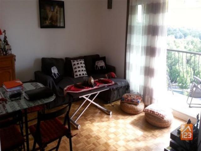 achat appartement meaux immobilier meaux 77100 6192737. Black Bedroom Furniture Sets. Home Design Ideas