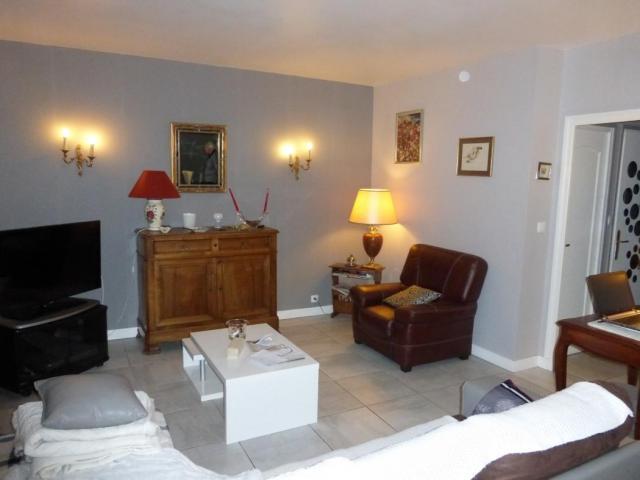 achat appartement villefranche sur saone immobilier villefranche sur saone 69400 6559437. Black Bedroom Furniture Sets. Home Design Ideas