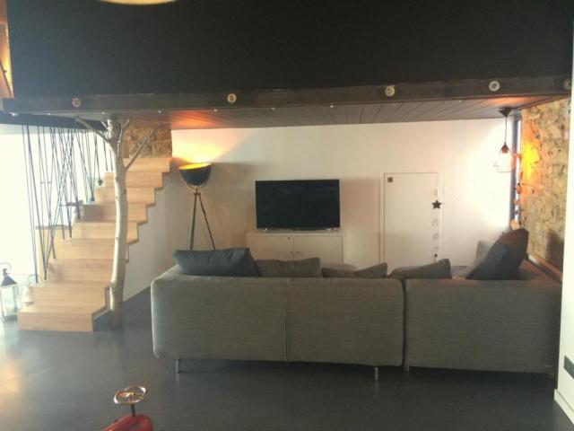 achat appartement lyon 04 immobilier lyon 04 69004 6562856. Black Bedroom Furniture Sets. Home Design Ideas