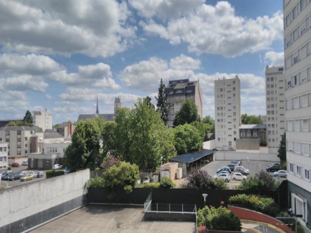 achat appartement orleans immobilier orleans 45000 5971714. Black Bedroom Furniture Sets. Home Design Ideas