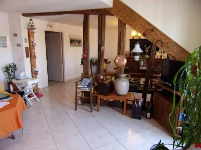 achat appartement st denis immobilier st denis 93200 6043621. Black Bedroom Furniture Sets. Home Design Ideas
