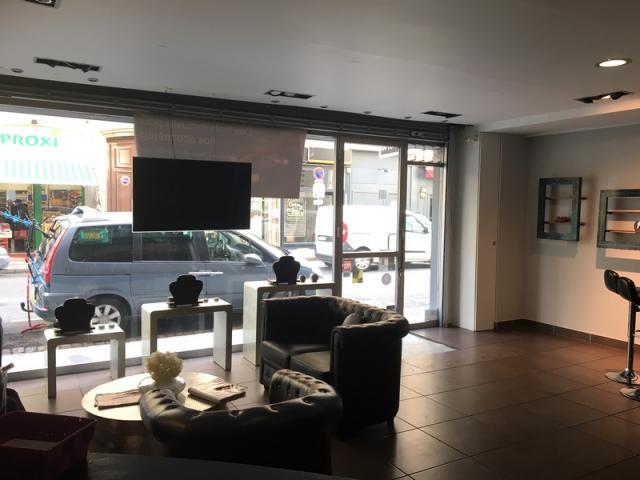 achat commerce lyon 06 immobilier lyon 06 69006 1198164. Black Bedroom Furniture Sets. Home Design Ideas
