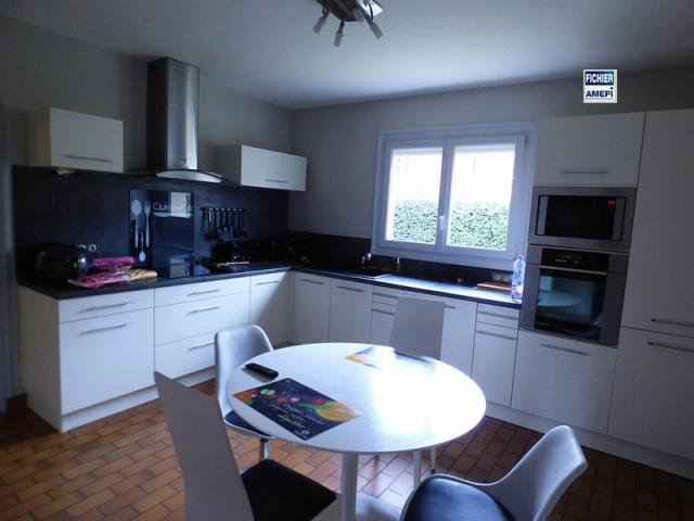 achat maison amiens immobilier amiens 80000 16312142. Black Bedroom Furniture Sets. Home Design Ideas