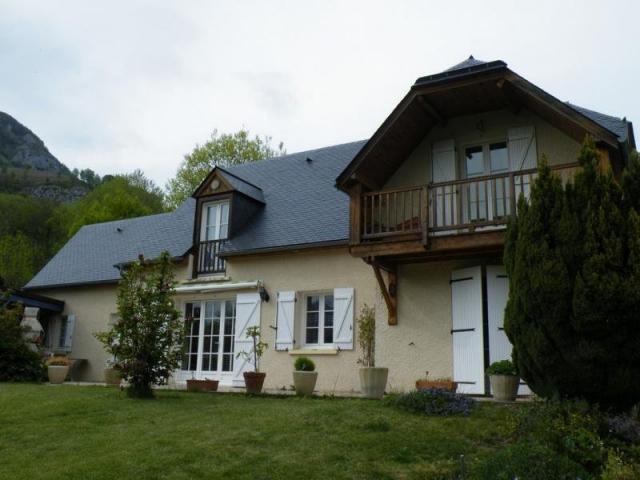 Achat maison arras en lavedan immobilier arras en lavedan for Salon immobilier arras