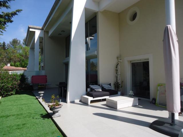 achat maison marseille 13 immobilier marseille 13 13013 16071991. Black Bedroom Furniture Sets. Home Design Ideas