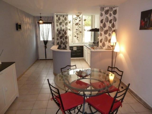 achat maison montpellier immobilier montpellier 34000 16697141. Black Bedroom Furniture Sets. Home Design Ideas